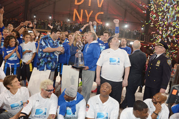 Artie Lange DirecTV Celebrity Beach Bowl - Game