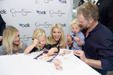 Ashlee Simpson Jessica Simpson And Ashlee Simpson Ross Come Home For The Holidays In Support Of The Jessica Simpson Collection And The Launch Of Jessica Simpson Home At Belk Galleria Dallas