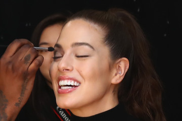 Ashley Graham Prabal Gurung - Backstage - February 2018 - New York Fashion Week: The Shows