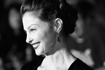 Ashley Judd 'Divergent' Premieres in LA — Part 3