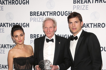 Ashton Kutcher 2018 Breakthrough Prize - Backstage