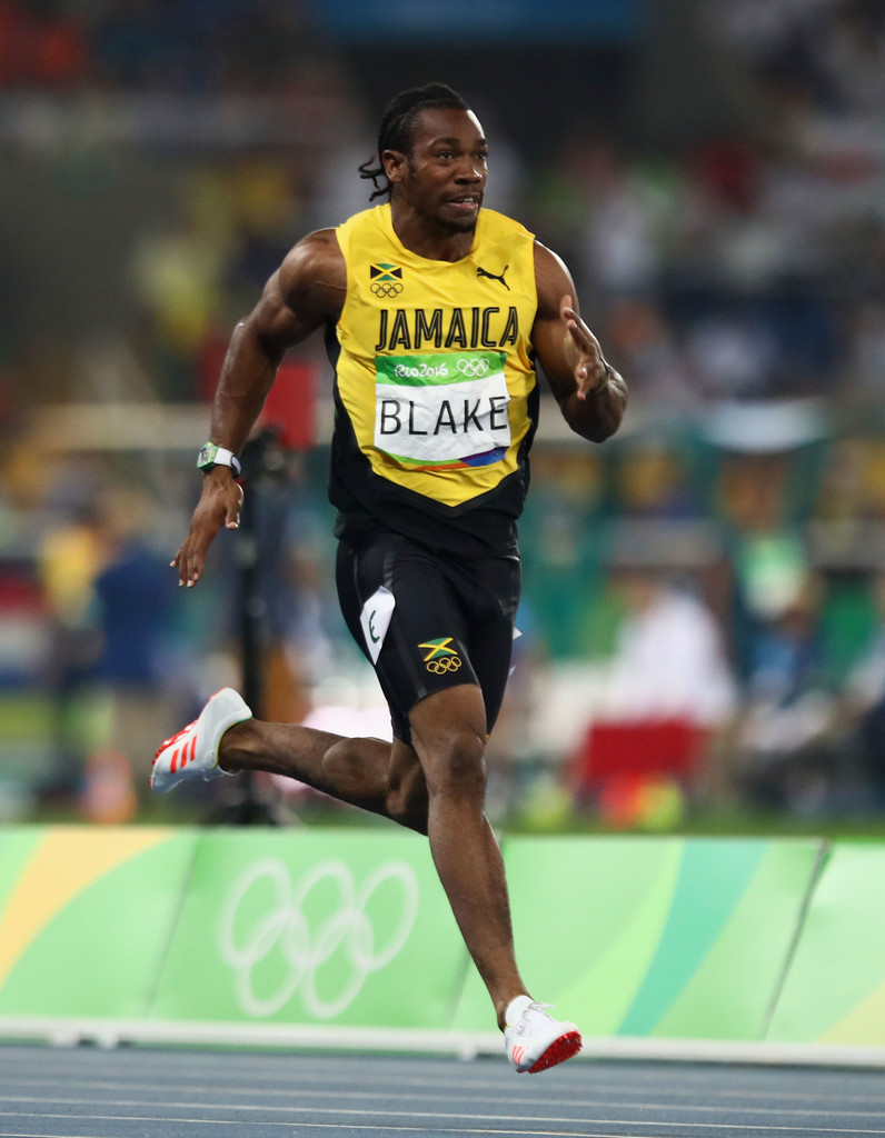 Yohan Blake Photos Photos - Athletics - Olympics: Day 12 ...
