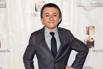 Atticus Shaffer earned a  million dollar salary - leaving the net worth at 4 million in 2018
