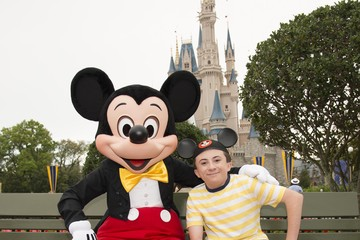 Atticus Shaffer 'The Middle' Tapes Season Finale at Disney World