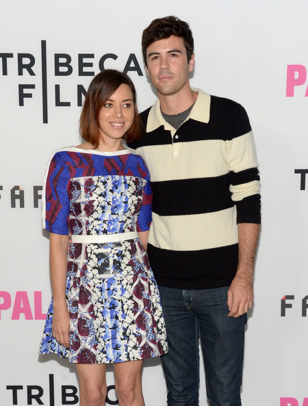 Aubrey plaza dating blake lee