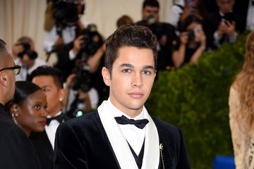 "Austin Mahone ""Rei Kawakubo/Comme des Garcons: Art of the In-Between"" Costume Institute Gala - Arrivals"