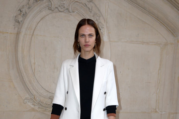 Aymeline Valade Christian Dior : Photocall - Paris Fashion Week - Haute Couture Spring Summer 2017