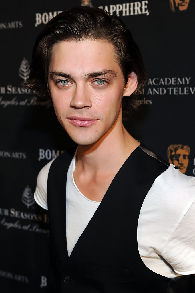 Tom Payne Tom Payne Photos Bafta Los Angeles Awards