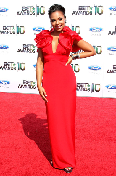 Singer Ashanti arrives at the 2010 BET Awards held at the Shrine Auditorium on June 27, 2010 in Los Angeles, California.