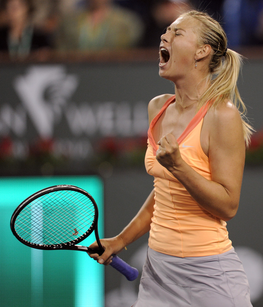 Latest Pictures of Maria Sharapova's Funny Faces at the ...
