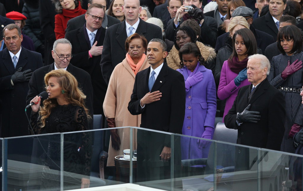 Beyonce Knowles Photos Photos - Barack Obama Sworn In As U ... Obama And Beyonce