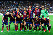 (Back row L-R) Neymar, Javier Mascherano, Sergio Busquets, Gerard Pique, Victor Valdes (Front row L-R) Lionel Messi, Dani Alves, Alexis Sanchez, Cesc Fabregas, Xavi Hernandez, Jordi Alba of FC Barcelona pose for the official photo prior to the Spanish Super Cup second leg match between FC Barcelona and Atletico de Madrid at Nou Camp on August 28, 2013 in Barcelona, Spain.