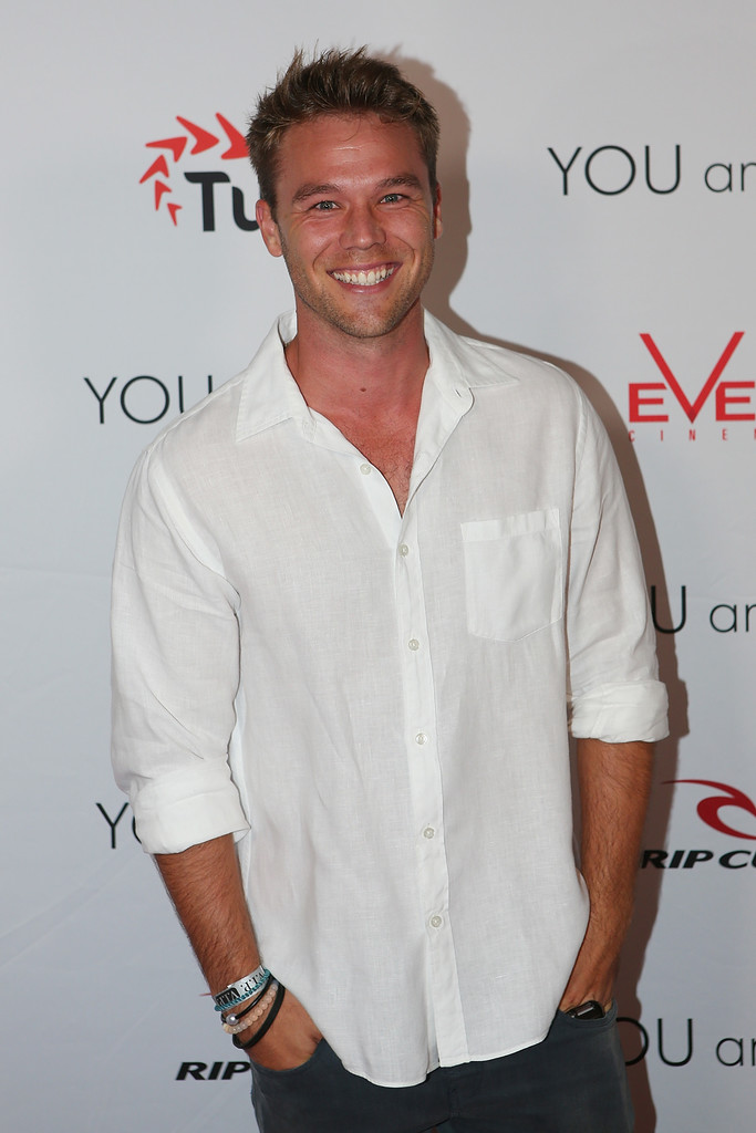lincoln lewis - photo #9