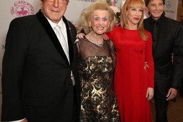 Barry Manilow Clive Davis Mercedes-Benz Presents The Carousel Of Hope Ball Benefitting The Barbara Davis Center For Diabetes