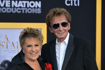 "Barry Manilow Lorna Luft Premiere Of Warner Bros. Pictures' ""A Star Is Born"" - Arrivals"