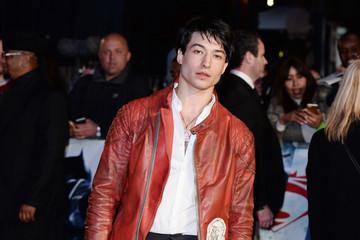 Whoa, Ezra Miller's All Bulked Up to Play the Flash