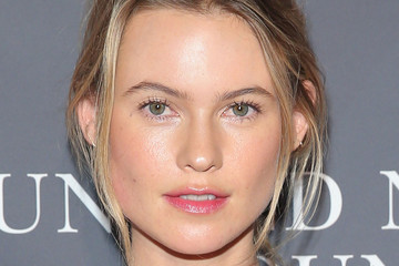 Behati Prinsloo Hair & Beauty: Celebrity - October 18 - October 24, 2014