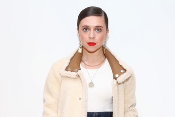 Bel Powley Tory Burch Fall Winter 2020 Fashion Show - Backstage