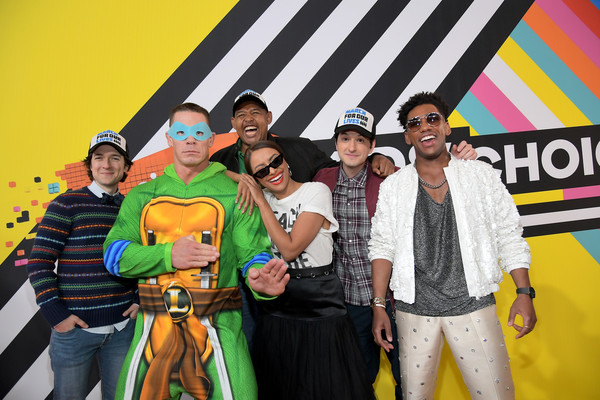 Nickelodeon's 2018 Kids' Choice Awards - Best Of [yellow,event,team,josh brener,kat graham,john cena,omar benson miller,brandon mychal smith,kids choice awards,best of,l-r,f,nickelodeon]
