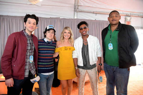 Nickelodeon's 2018 Kids' Choice Awards - Red Carpet [red carpet,social group,event,youth,team,brandon mychal smith,kat graham,ben schwartz,josh brener,omar benson miller,kids choice awards,l-r,nickelodeon,the forum]