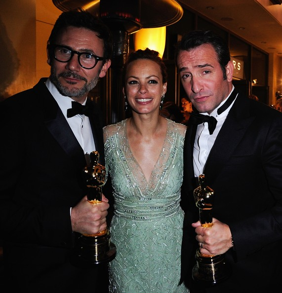 84th Annual Academy Awards - Governors Ball [event,formal wear,suit,fashion,fun,smile,tuxedo,drink,jean dujardin,berenice bejo,winner,governors ball,l-r,best director award,best actor award,the artist,directormichel hazanaviciu,84th annual academy awards]