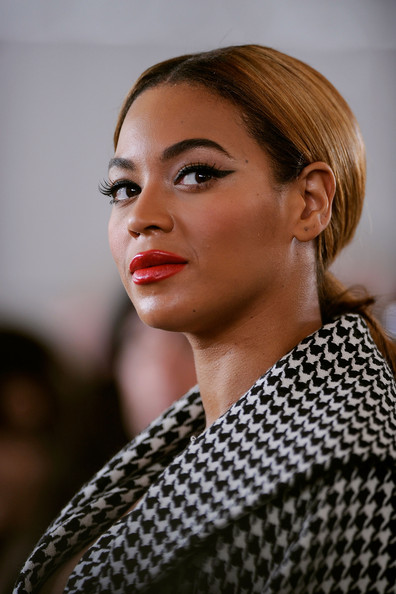 Groundbreaking Ceremony Of The Barclays Center At Atlantic Yards [eyebrow,beauty,fashion model,hairstyle,fashion,chin,girl,model,lip,long hair,beyonce knowles,ceremony,groundbreaking,atlantic yards,barclays center,new york city]