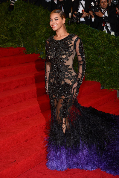 "Beyonce Knowles - NY: ""Schiaparelli And Prada: Impossible Conversations"" Costume Institute Gala"