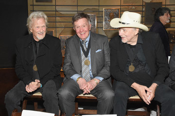 Bill Anderson Country Music Hall of Fame and Museum Hosts Medallion Ceremony to Celebrate 2017 Hall of Fame Inductees