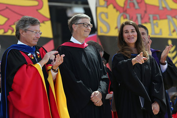 Bill Gates Melinda Gates Bill And Melinda Gates Give Commencement Address At Stanford University