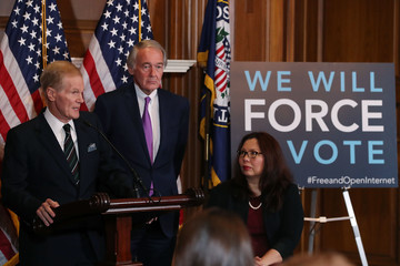 Bill Nelson Democratic Senators Introduce A Congressional Review Act Resolution To Repeal FCC's Undoing Net Neutrality