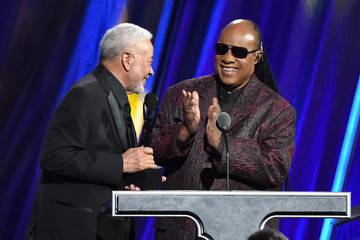 Bill Withers 30th Annual Rock And Roll Hall Of Fame Induction Ceremony - Show