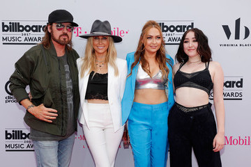 Billy Ray Cyrus Leticia Cyrus 2017 Billboard Music Awards Presented by Virginia Black - Red Carpet