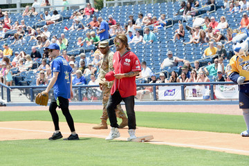 Billy Ray Cyrus City of Hope Celebrity Softball Game - Game