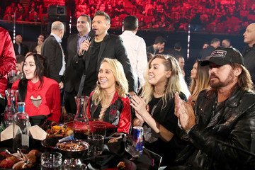 Billy Ray Cyrus iHeartRadio Music Awards - Show