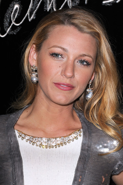 blake lively plastic surgery before. lake lively weight loss efore and after. Beautiful Celebrities Who Have