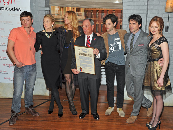 "Blake Lively - Mayoral Proclamation In Celebration Of The ""Gossip Girl"" 100th Episode"