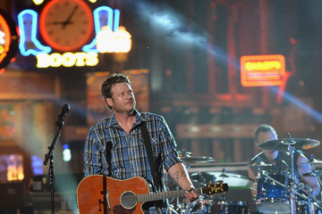 Blake Shelton CMT Music Awards Rehearsals: Day 2