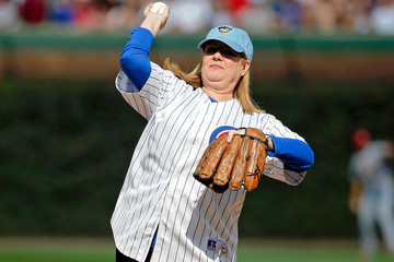 Bonnie Hunt St Louis Cardinals v Chicago Cubs