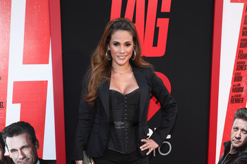 Bonnie-Jill Laflin Premiere Of Warner Bros. Pictures And New Line Cinema's 'Tag' Red Carpet