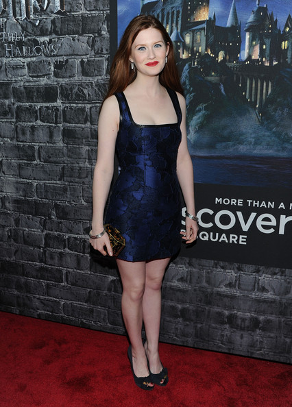 SEXY FEMALE CELEBRITY IN UK BONNIE WRIGHT