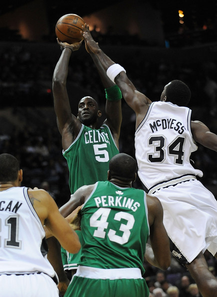 Boston+Celtics+v+San+Antonio+Spurs+GLmZ-