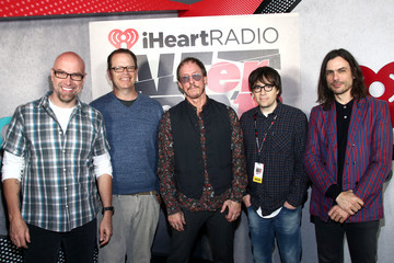 Brian Bell 2019 iHeartRadio ALTer Ego – Backstage