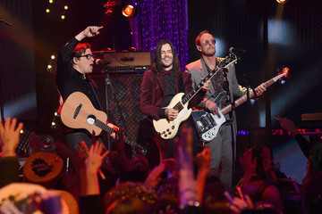 Brian Bell Dick Clark's New Year's Rockin' Eve With Ryan Seacrest 2019 - LA Party: Inside