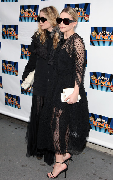 "Ashley Olsen Actresses Mary-Kate Olsen (L) and Ashley Olsen attend the opening of ""Lend Me A Tenor"" at the Music Box Theatre on April 4, 2010 in New York City."