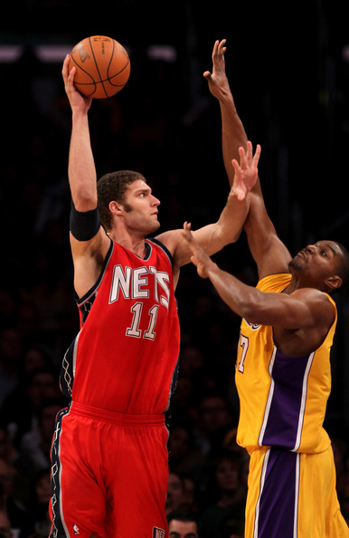 the latest d6d04 82bbb Brook Lopez Photos Photos - New Jersey Nets v Los Angeles ...