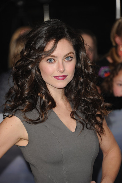 Brooke Lyons Photos The Red Carpet At The Breaking Dawn Premiere