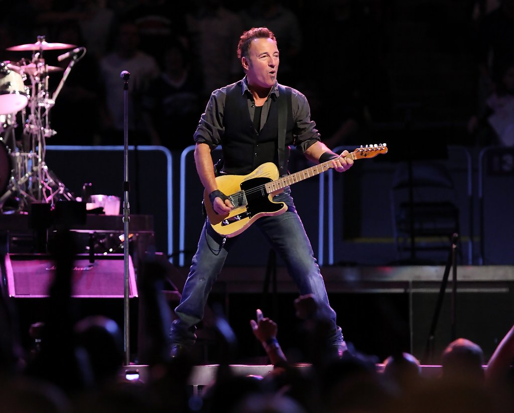 Bruce Springsteen Photos Photos Bruce Springsteen And The E Street Band Perform At Madison