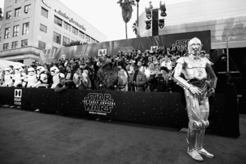 C-3po Premiere of 'Star Wars: The Force Awakens' - Red Carpet