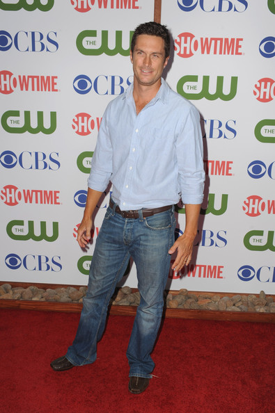 Actor Oliver Hudson arrives at the TCA Party for CBS, The CW and Showtime held at The Pagoda on August 3, 2011 in Beverly Hills, California.