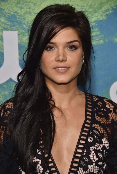 Marie Avgeropoulos in ...